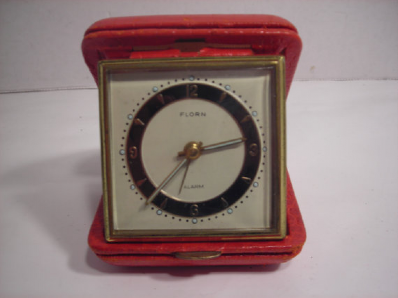 ... Florn Travel Alarm Clock in Red Leather Case with Illuminated Hands