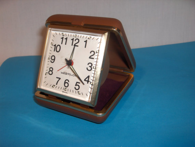 TRAVEL CLOCK WESTCLOX Vintage Alarm Clock