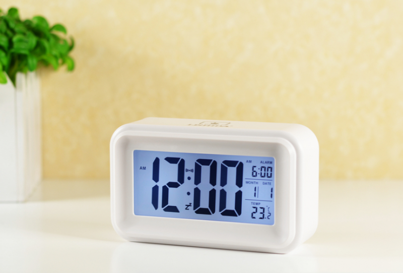 -alarm-clock-luminous-bedside-clock-silent-led-electronic-clock-alarm ...