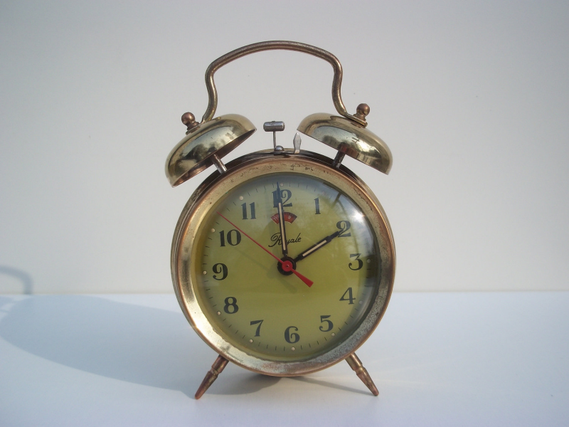 Alarm clock Vintage alarm clock Antique clock Old by VehtoShar