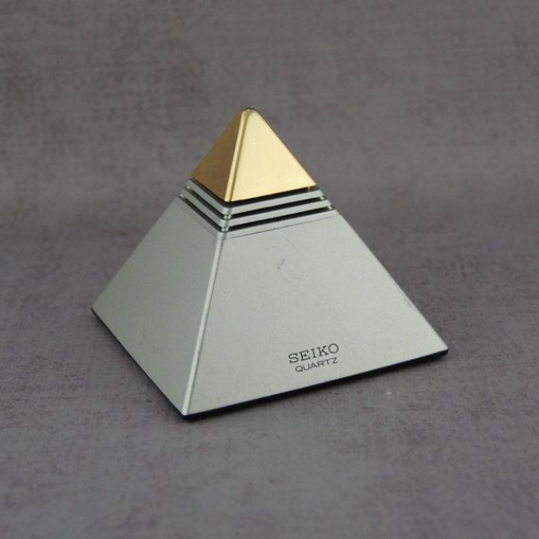 Seiko Pyramid Talking Alarm Clock Gold & Silver by MetalAndTweed, $45 ...