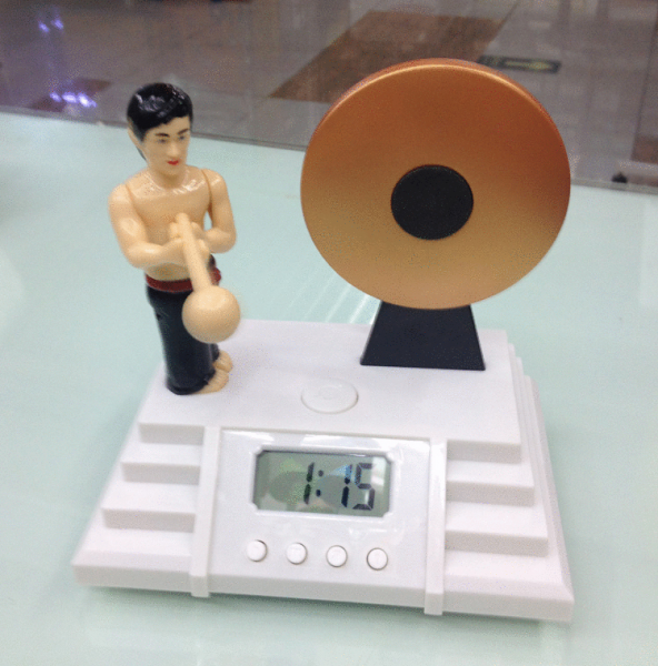 alarm clock knock the gong Classic Creative Alarm Clock Bruce Lee ...