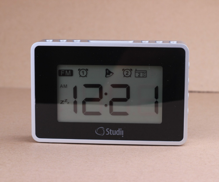 MULTI-LARGE-LCD-DISPLAY-ALARM-CLOCK-DUAL-ALARM-WAKE-TO-FM-RADIO-BLUE ...