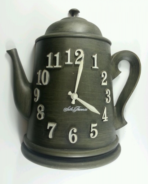 Vintage Seth Thomas Wall Coffee Pot Clock Battery Operated Model 2168 ...