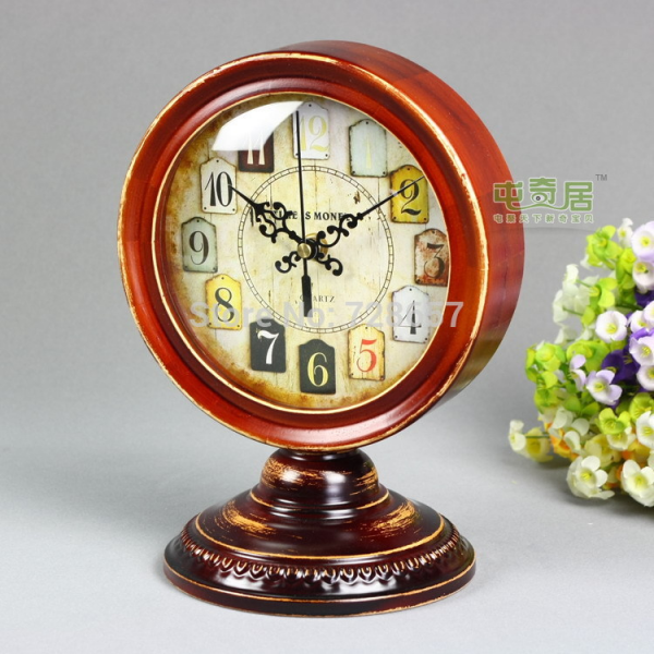 Reminiscent and Vintage Solid Wood Desk Clock Timepiece Classic ...