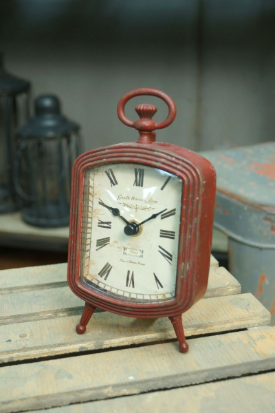 Red Metal Table Clock | The Beauty of Things | Pinterest
