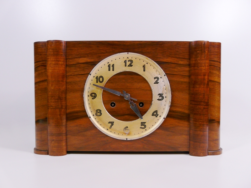 Details about Orig. 1940s German Kienzle Art Deco Mantel Clock Wood
