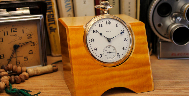 Classic Pocket Watch Desk Clocks | Cool Material
