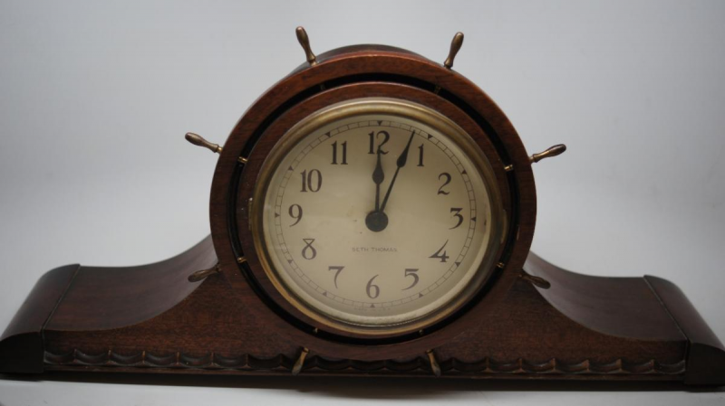 ... about ESTATE ANTIQUE - SETH THOMAS ELECTRIC SHIP WHEEL MANTEL CLOCK