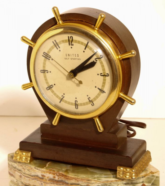United Usa Ships Wheel Mantel Clock Electric Wood Case Cool....wow