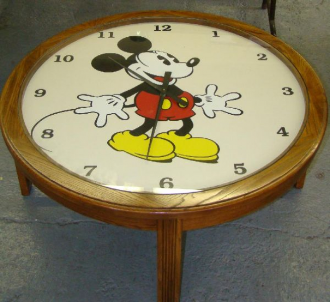 1709: MICKEY MOUSE CLOCK COFFEE TABLE : Lot 1709