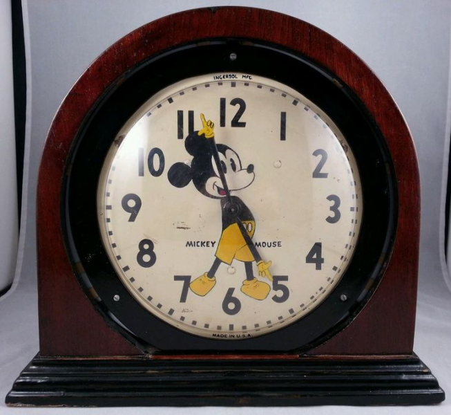 ... Mickey Mouse Clock Custom Wooden Table Clock Vintage Rare Clock pieces