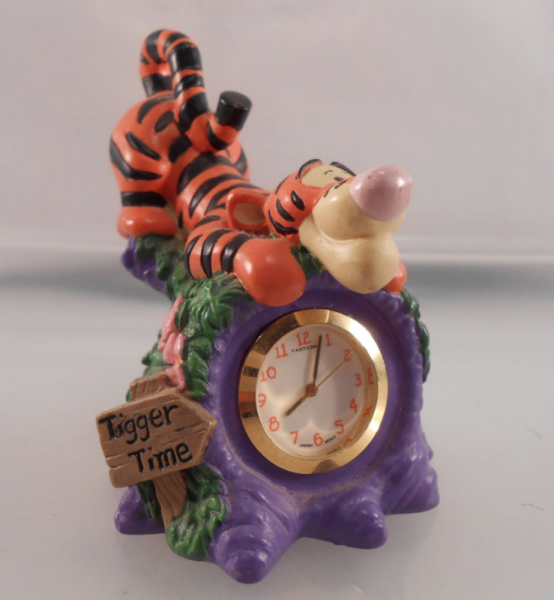 Disney Winnie The Pooh Tigger Desk Clock Collectible Timepiece