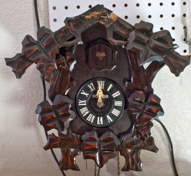 Japanese cuckoo clock : V-Twin Forum: Harley Davidson Forums