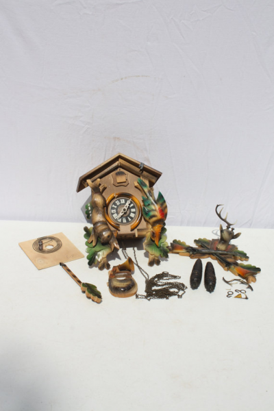 Vintage Black Forest German Cuckoo Clock Wooden Hunting Theme Parts ...