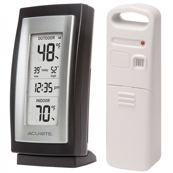 AcuRite Digital Indoor / Outdoor Thermometer with Clock 00826