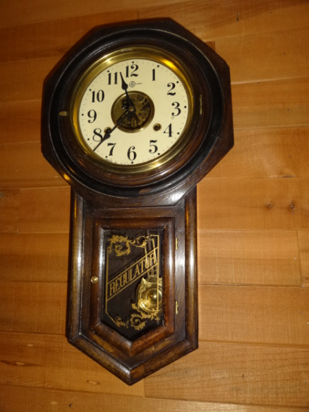 Antique Wall Clocks | Sessions 8 Day Clocks | New Haven 12 Day Clocks