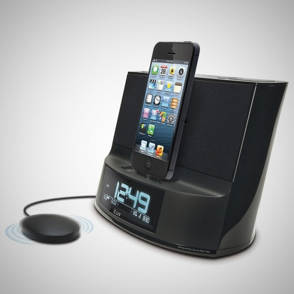 iPhone 5 Vibrating Alarm Clock Radio | The Store