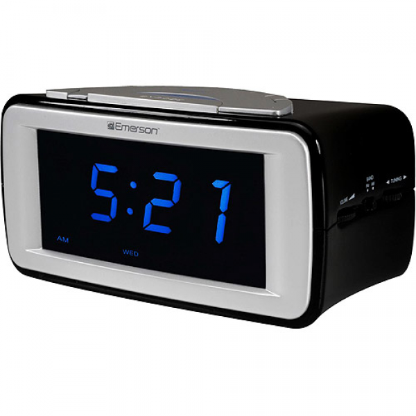 Emerson SmartSet Dual Alarm AM/FM Clock Radio With SureAlarm