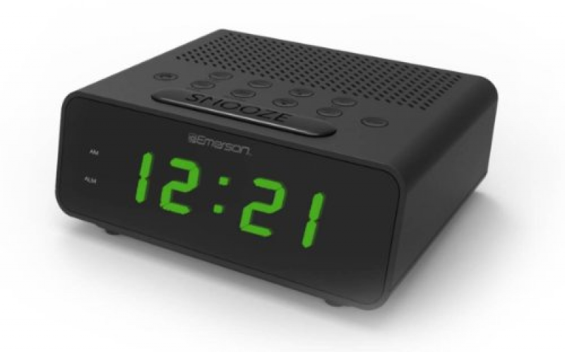 ... Of the Year / 2014 / Emerson SmartSet Alarm Clock Radio (CKS1800