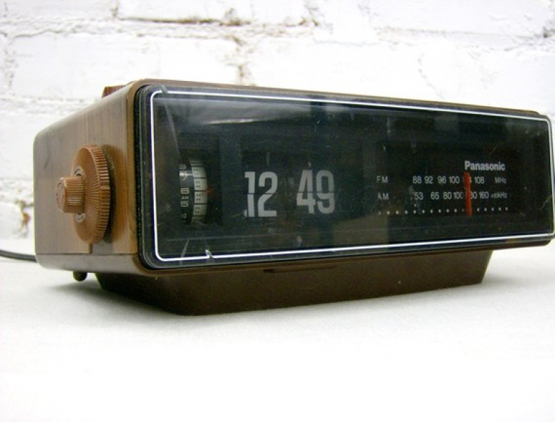 Iacyclist Hamilton Collection 381139 together with 50s 60s furthermore Retro Wooden Alarm Clock Offers Stylish Home For Your Iphone 1380453 likewise Search also Search. on old zenith radio alarm clock