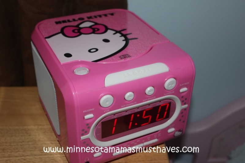 Hello Kitty Clock Radio with CD Player Review! - Must Have Mom