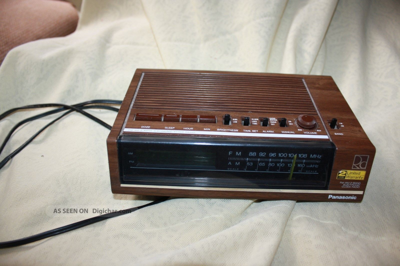 Panasonic Digital Alarm Clock Am Fm 2 Band Radio Vintage Wood Grain Rc ...