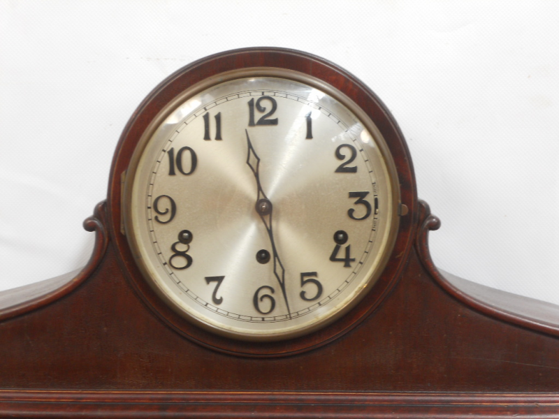 CLOCK COMPANY NAPOLEON OAK FINISH WESTMINSTER CHIME MANTEL CLOCK