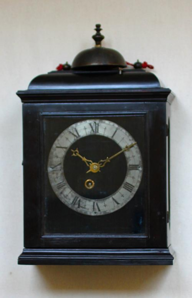Small Early French Pendulum clock made by I Thuret a Paris, ca 1665