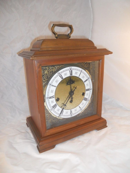 Ridgeway Franz Hermle Cherry Mantle Clock Two Jewel Wind Up Chime 340 ...