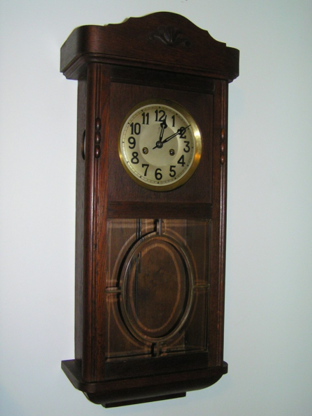 ... about Antique Gustav Becker Oak Cased Wall Clock c1930's - Working