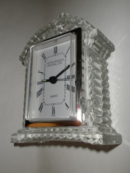 Fifth Ave Crystal LTD Lisbon Quartz Clock with Battery Included ...