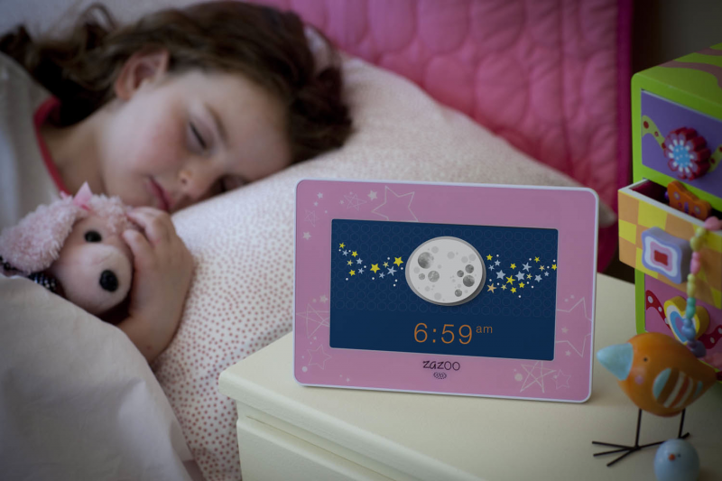 Zazoo Kids-Digital Photo Alarm Clock #Giveaway - The Mommy Mess