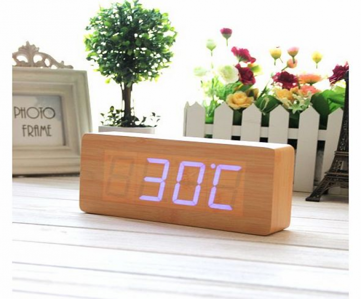 Grain Clock Fashion Wood Alarm Clock Green LED Digital Clock - Time ...