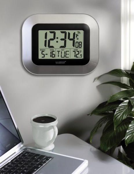 La Crosse Technology WT-8005U-S Atomic Digital Wall Clock...