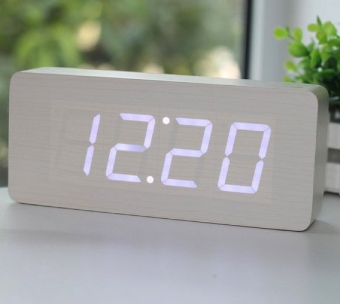 Wood Grain LED Alarm Clock | home accessories & furniture | Pinterest