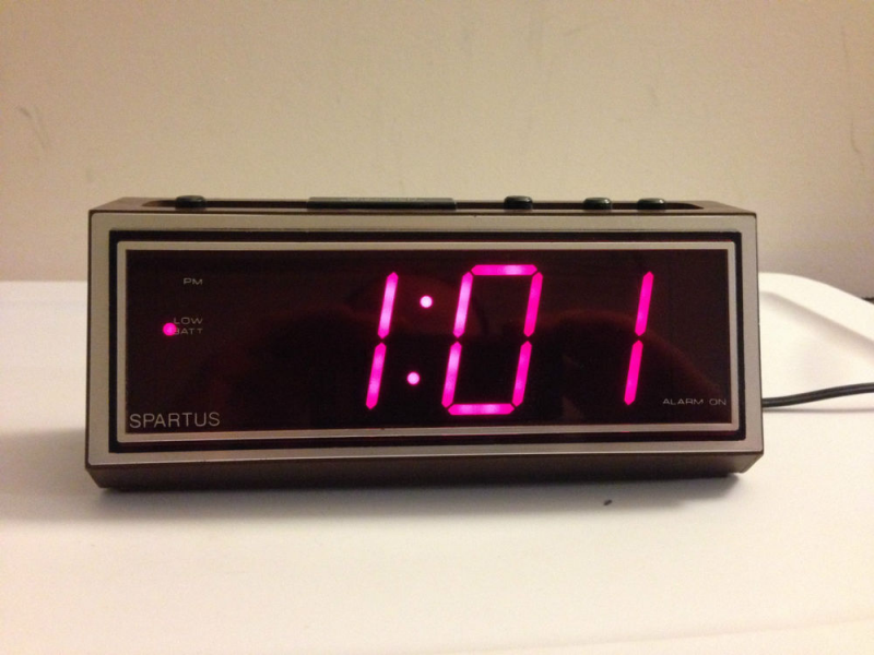... 1099 Digital Alarm Clock Large Screen RARE Jumbo Display Retro | eBay