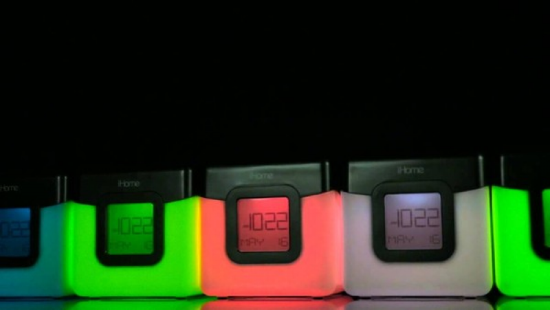 iHome wireless color changing alarm clock (iBT28): Review - National ...
