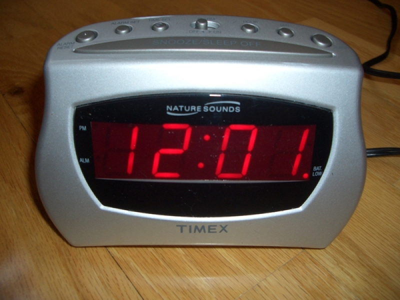 TIMEX Nature Sounds Alarm Clock Radio T131AAS t131