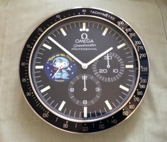 ... Snoopy Apollo Chronograph Speedmaster Professional Wall Watch Clock