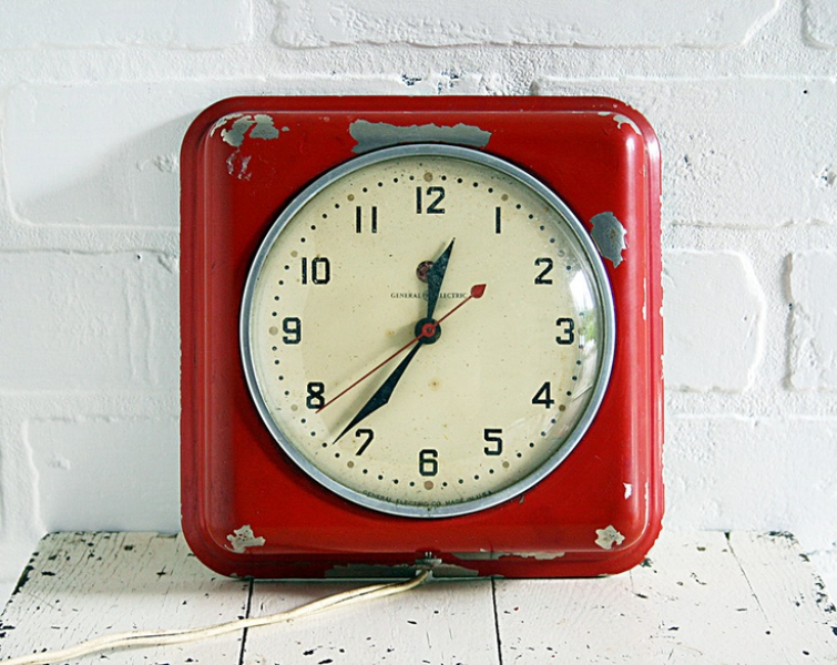 Vintage Wall Clock - Red General Electric Model 2H08. $49.00, via Etsy ...