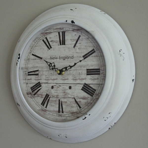 White metal round wall mountable kitchen clock bedroom bathroom ...