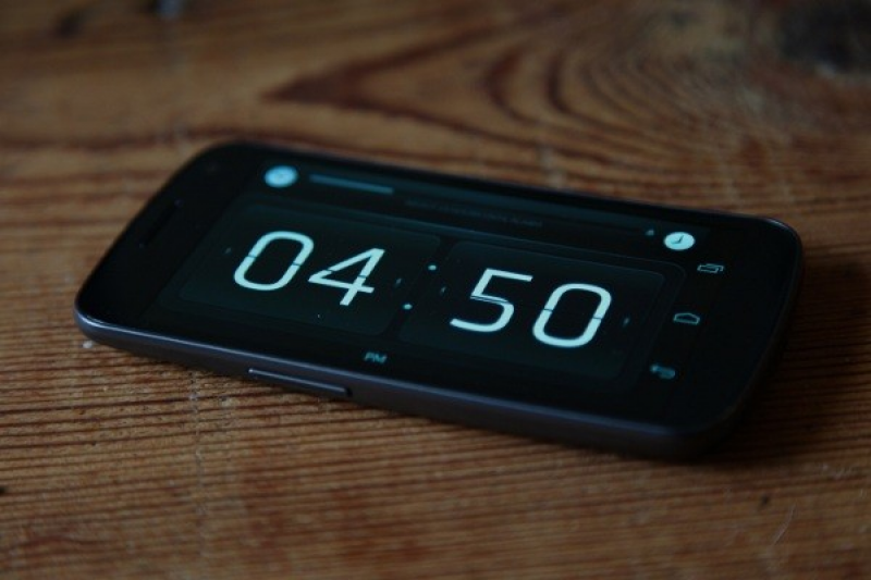 Inexpensive Alarm Clocks That Won't Wake Your Roommate Up