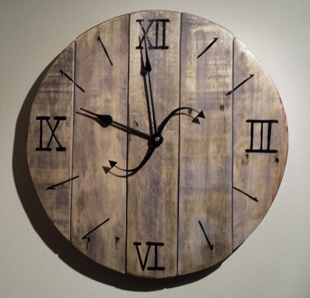 Distressed Pallet Wood Wall Clock Purple by ThisOldPallet on Etsy