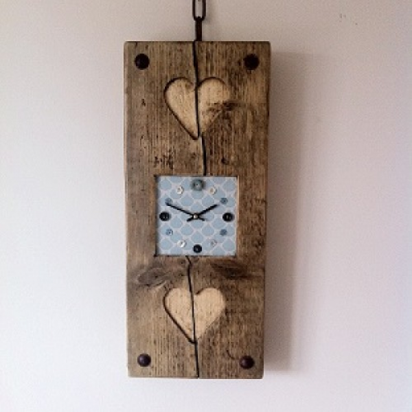 Reclaimed Wood Wall Clock, Double Heart with Sienna Face