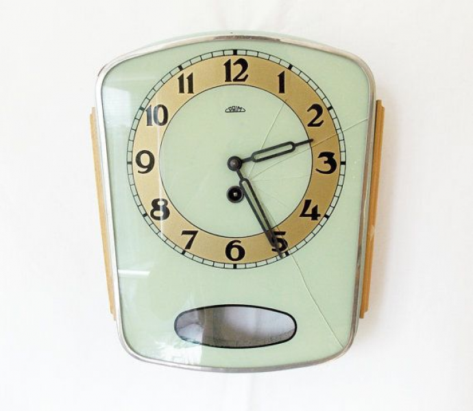 Vintage 1950s Kitchen wall clock/ Made in czechoslovakia/ PRIM /shabb ...