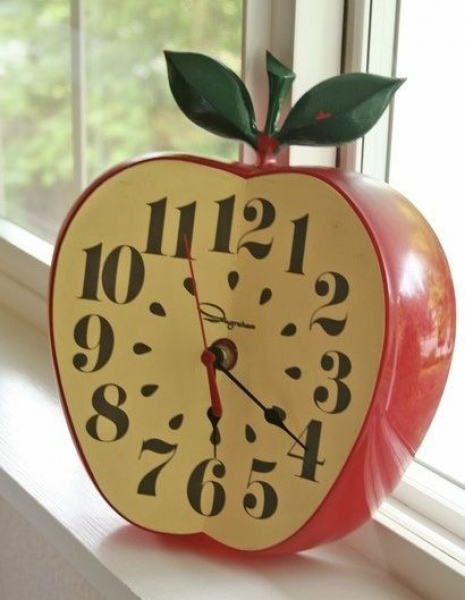 apple #clock #1950's #kitsch #vintage | Sweet Apples | Pinterest