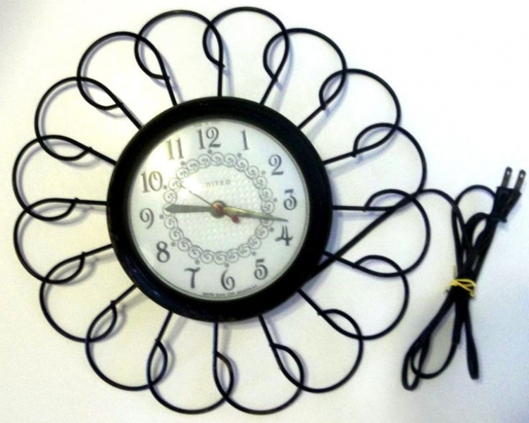 Vintage Retro Electric Black Wrought Iron Wall Clock United Clock Co ...