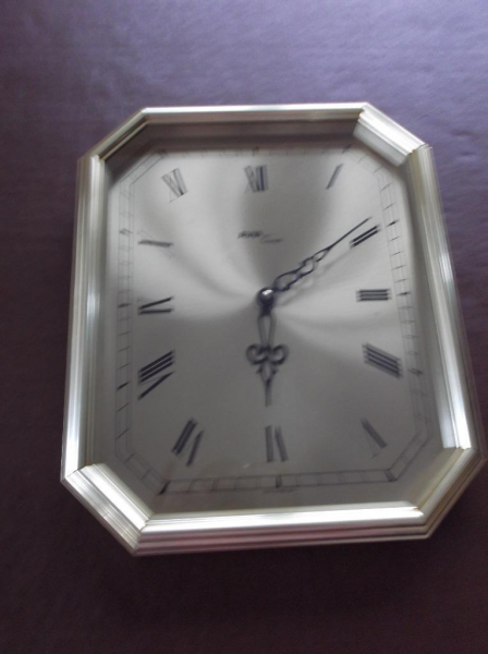 Vintage Avia Quartz Wall Clock
