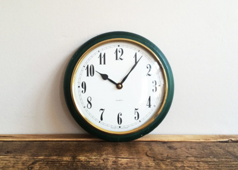 Vintage Green Wall Clock QUARTZ Vintage Home by woodandflower
